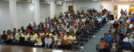 SECRETARIA MUNICIPAL DE DESENVOLVIMENTO SOCIAL REALIZA SEMANA DE COMBATE AO ABUSO E À EXPLORAÇÃO SEXUAL DE CRIANÇAS E ADOLESCENTES